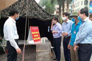TP Hạ Long: Kiểm soát chặt chẽ người vào/ra tại các chợ trên địa bàn