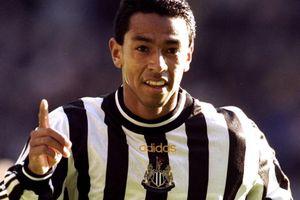 Cựu cầu thủ Premier League bị bắt vì trốn tự cách ly