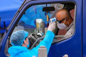 Hà Nội yêu cầu rà soát tất cả những người liên quan Bệnh viện Bạch Mai