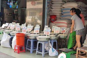 TP Hồ Chí Minh: 'Bùng nổ' dịch vụ mua hàng online mùa dịch Covid-19