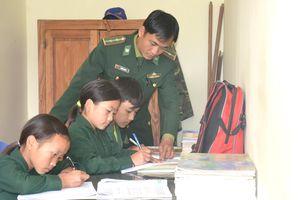 Ủy ban Thường vụ Quốc hội thảo luận Dự án Luật Biên phòng Việt Nam