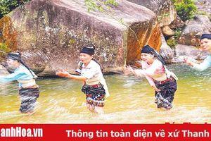 Xã Trí Nang giữ gìn trang phục truyền thống của phụ nữ dân tộc Thái