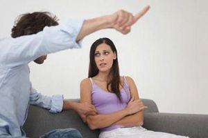 Chuyên gia bày cách 'trị' chồng ích kỷ