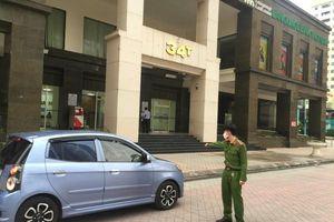 Đảm bảo tuyệt đối an ninh trật tự khu vực cách ly tòa nhà 34T Hoàng Đạo Thúy