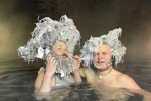 Hàng trăm người thi đóng băng tóc ở Canada
