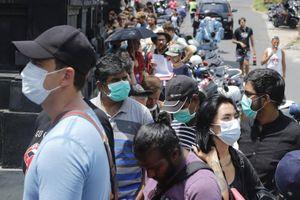 Hàng nghìn du khách mắc kẹt tại nhiều nơi ở châu Á