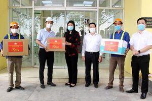 Chủ tịch Ủy ban MTTQ Việt Nam Thành phố Hà Nội động viên các lực lượng làm nhiệm vụ phòng, chống dịch Covid-19