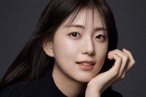 Chị gái Ji Soo (Black Pink) sở hữu vẻ ngoài giống mỹ nữ Han Hyo Joo
