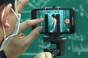 Sử dụng điện thoại làm camera (webcam) để học trực tuyến