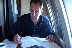 Loạt hình ấn tượng Ngoại trưởng Nga Sergei Lavrov trong công việc, đời thường