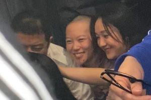Châu Tấn giáp mặt tình cũ Lý Á Bằng và bạn gái đồng giới