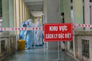 Dịch vụ cung cấp nước sôi: Nguy cơ lây lan dịch ở Bệnh viện Bạch Mai