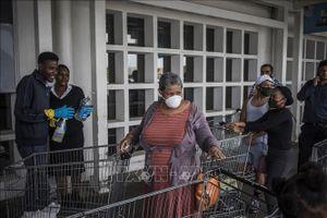 Dịch COVID-19: Nam Phi huy động tổng lực tiến hành xét nghiệm trên diện rộng