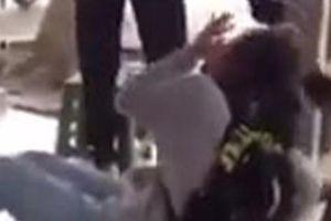 Thanh Hóa: Đuổi học 1 năm đối với nữ sinh lớp 12 đánh bạn dã man trên phố