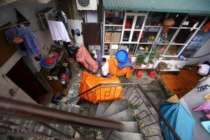 Cuộc sống hàng ngày của người dân xóm chạy thận trong mùa dịch bệnh