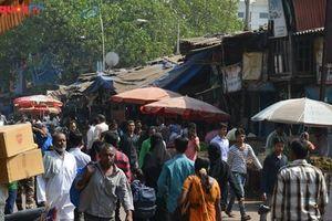 Phát hiện ca nhiễm Covid-19 đầu tiên tại khu ổ chuột lớn nhất Ấn Độ