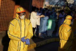 Tây Ban Nha vượt 10.000 ca tử vong, số ca nhiễm gần bằng Italy