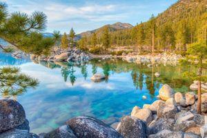 Vẻ đẹp tựa thiên đường nơi mặt đất ở hồ nước 2 triệu năm tuổi