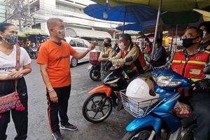 Thái Lan phân phát miễn phí khẩu trang vải cho người dân