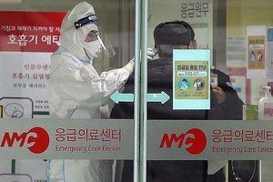 Người Hàn Quốc lũ lượt về nước tránh dịch Covid-19