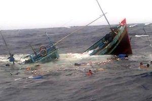 Tám ngư dân Quảng Ngãi mất tích ở vùng biển Hoàng Sa