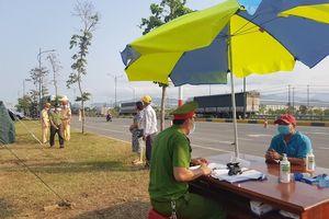 Quảng Nam cách ly hàng trăm người về từ TP HCM, Hà Nội