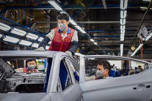 'Lo đóng cửa nhà máy ít, lo không bán được ôtô nhiều hơn'