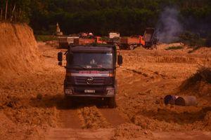 Quảng Ngãi: Bức xúc tình trạng khai thác đất trái phép kéo dài
