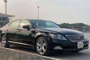 Xe sang Lexus LS 460L dùng 11 năm rao bán 1,15 tỷ đồng