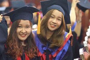 Sinh viên chậm tốt nghiệp vì dịch COVID-19
