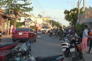 Người đàn ông đi ô tô bị chém lìa tay trên phố Sài Gòn