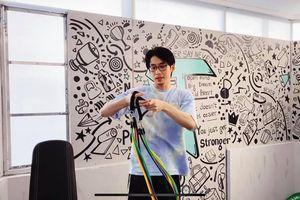 Tuấn Trần ra MV 'Cô Vi đi ra' kể chuyện hài hước ở nhà phòng dịch