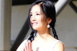 Khoe ảnh tập yoga, Hồng Nhung được khen trẻ như gái đôi mươi
