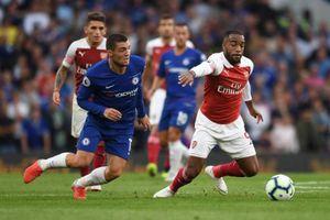 Ngoại hạng Anh hoãn vô thời hạn, CLB đề nghị giảm lương cầu thủ