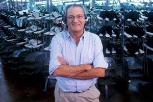 Làng mốt thế giới tiếc thương khi Sergio Rossi qua đời vì Covid-19