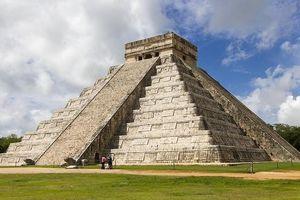 Khám phá khu tàn tích cổ của đế chế Maya