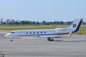 Gặp sự cố, máy bay riêng của Messi phải hạ cánh khẩn cấp