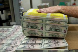 Tỷ giá ngoại tệ ngày 4/4: Thích tiền tươi, USD tăng giá