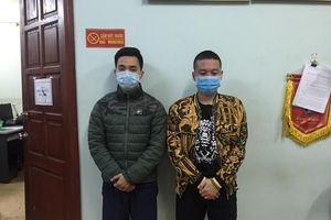 Hà Nội: Tạm giữ hình sự 2 đối tượng tấn công cảnh sát khi bị nhắc nhở phòng dịch