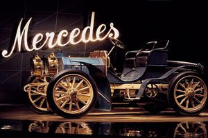 Nhìn lại lịch sử 120 năm của tên gọi xe sang Mercedes