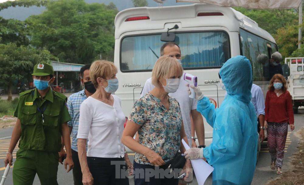Đà Nẵng cách ly có thu phí người đến từ Hà Nội và TPHCM