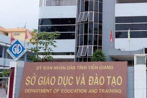 Mạo danh Bộ Giáo dục đi bán tài liệu