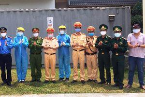 Doanh nghiệp tặng nhà container cho chốt kiểm dịch ở Đà Nẵng