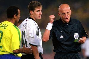 Trọng tài Collina giúp Brazil vô địch World Cup như thế nào?