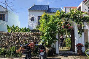Ngôi nhà cũ ở Quảng Ngãi 'lột xác' nhờ kiến trúc phong cách Địa Trung Hải