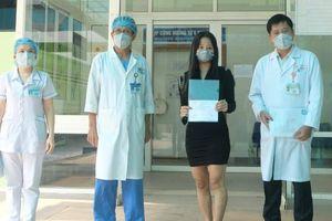 Nữ bệnh nhân Covid-19 thứ 122 đã khỏi bệnh sau khi điều trị tại Đà Nẵng