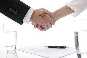 Xử lý tài sản bảo đảm là cổ phần, phần góp vốn trong công ty