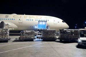 UAE gửi 10 tấn vật tư y tế hỗ trợ Italy chống dịch Covid-19