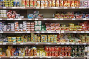 Cách lựa chọn mua thực phẩm đóng hộp an toàn giữa mùa dịch