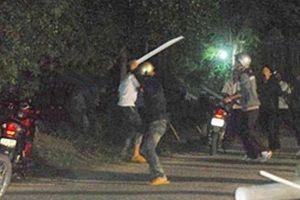 Hai nhóm thanh niên hỗn chiến vì mâu thuẫn trên facebook, 1 người bị đâm tử vong